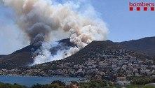 Incêndio florestal na Catalunha foi controlado, informam bombeiros