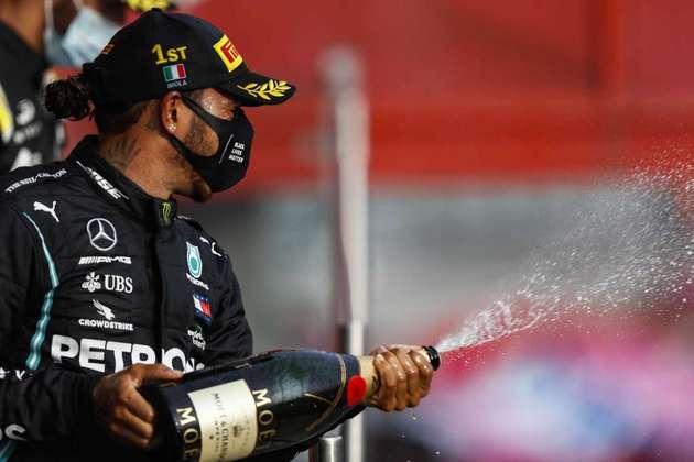 Foi a 93ª vitória do britânico na Fórmula 1