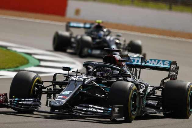 Foi a primeira vitória de ponta a ponta de Hamilton desde o GP de Abu Dhabi de 2019