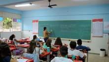 Rodízio no ensino presencial vai continuar nas escolas até o fim da pandemia