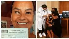Após criticas por receber vacina contra covid-19, Solange Couto comemora: 'Obrigada, meu Deus'