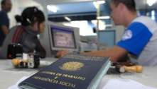 Faltou trabalho para 32 milhões de pessoas no Brasil no fim de 2020, aponta IBGE