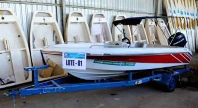 Prefeitura de Vitória abre edital para leilão de embarcações com lances mínimos a partir de R$ 71