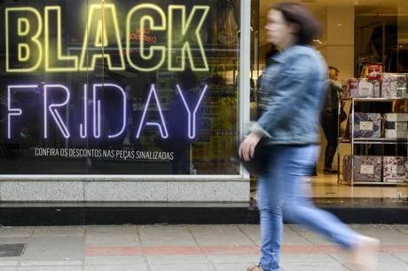 5060827a8f Black Friday terá gasto médio entre R  750 e R  1.100 - Notícias ...