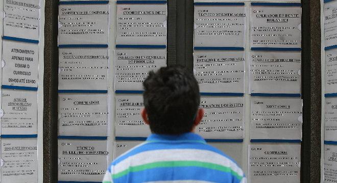 Para economistas, desemprego pode ir a 17% em 2021