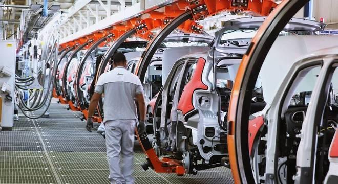Segmento automotivo está entre os que mais devem exigir novas profissões