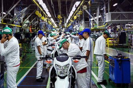Indústria registrou queda no primeiro trimestre