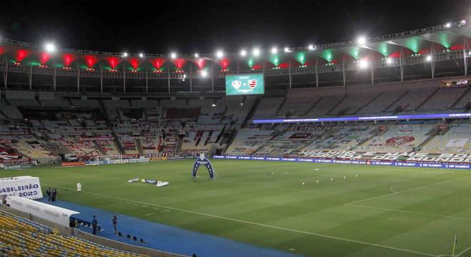 Maracanã pode voltar a receber torcedores em breve