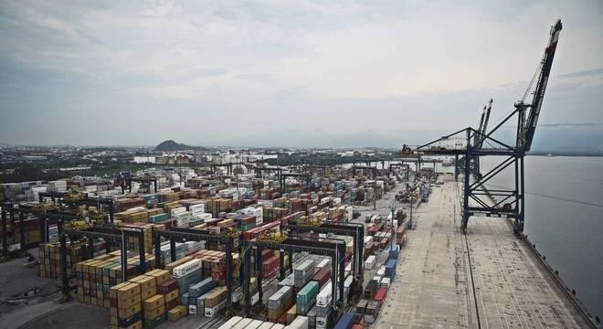 Porto de Santos, no litoral paulista, tem diretoria antiga denunciada pelo PMF