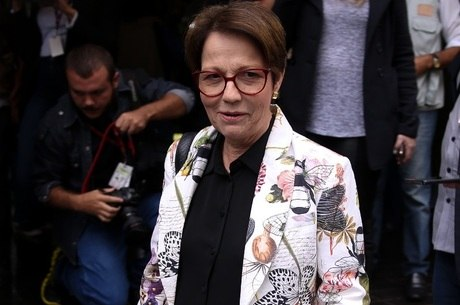 """Tereza Cristina diz que pasta """"caminha bem"""""""