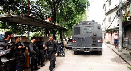Intenso tiroteio durante operação deixou 25 mortos