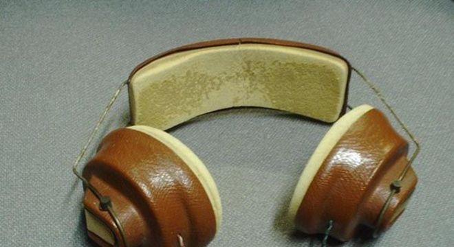 Fones de ouvido - dos primeiros headphones aos dispositivos sem fio