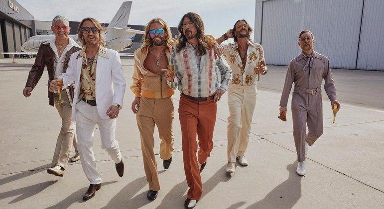 Dee Gees, a nova banda que chegou direto dos anos 70