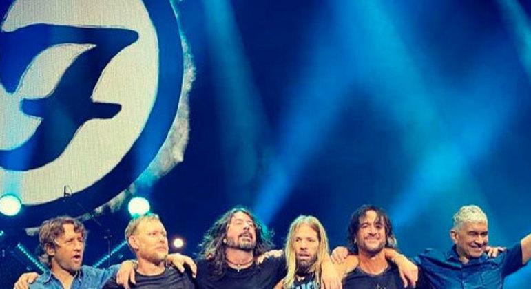 Foo Fighters fez um show muito elogiado no festival em 2019. Alem do público ter ido ao delírio, a crítica apontou com o melhor show do segundo dia.