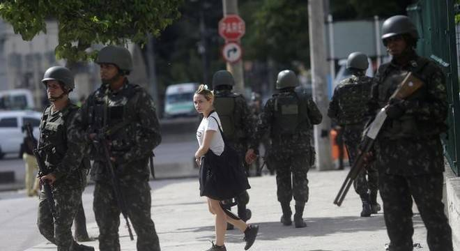 Datafolha: Forças Armadas são a instituição de maior confiança dos brasileiros