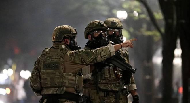 Forças federais reprimem protestos na cidade de Portland, no estado do Oregon