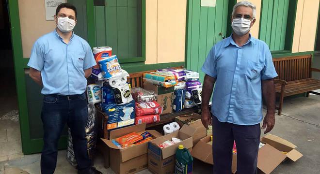 Alimentos e produtos de higiene foram doados para instituições sociais