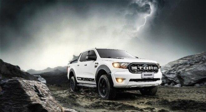 Ranger Storm com visual que traz acabamento na cor preta