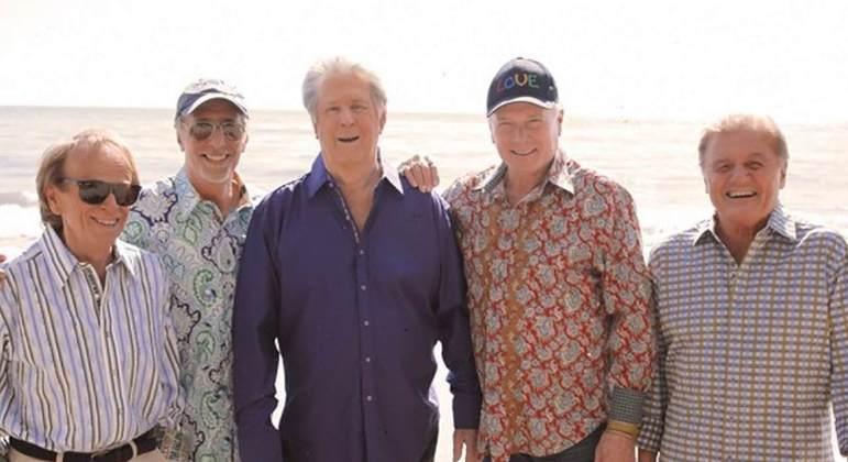 Formada em Hawthorne, na Califórnia, no ano de 1961, The Beach Boys teve inúmeras músicas que tiveram éxito com os fãs de rock, com recorde de álbuns vendidos. Eles entraram no Hall da Fama do Rock and Roll no ano de 1988.