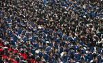 Com a pandemia sob controle no país, o distanciamento social também foi deixado de lado na cerimônia