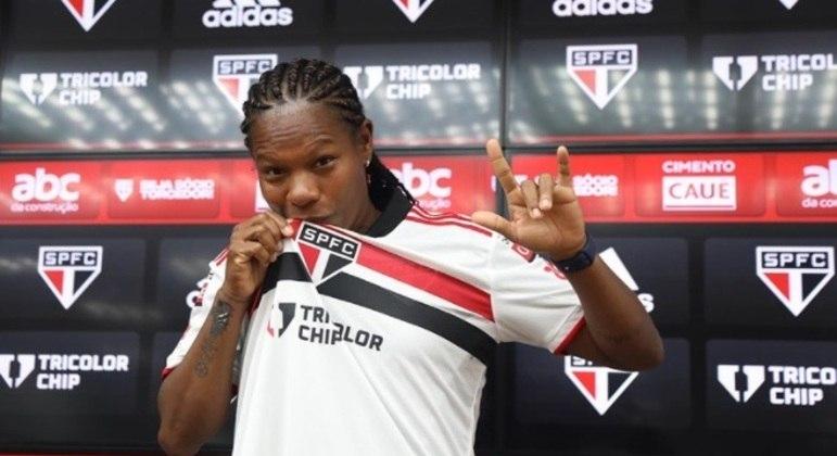 Formiga foi apresentada como novo reforço do São Paulo