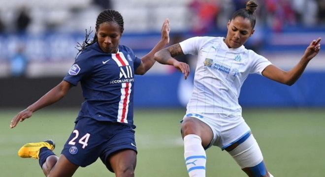 Formiga vai para quinto ano contratada pelo Paris Saint-Germain