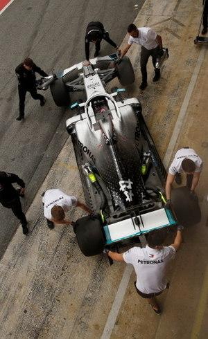 Equipe da F1 vão produzir equipamentos médicos