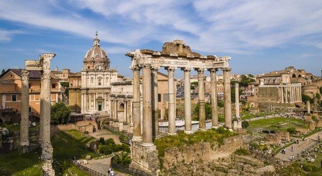 Roma mostra aos EUA 'o perigo' de uma dinâmica política conturbada, diz Watts