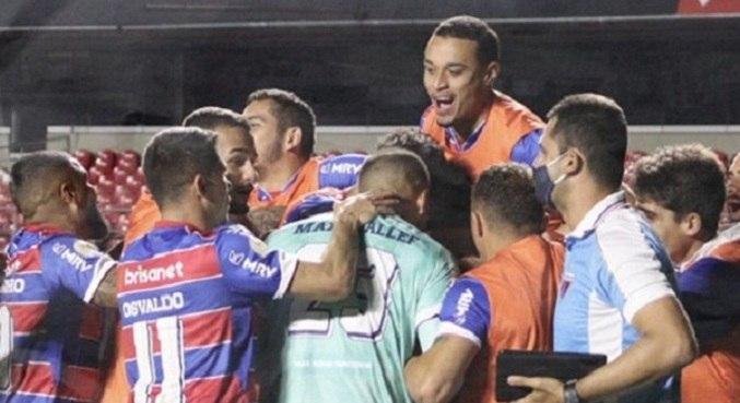 Fortaleza venceu pelo placar mínimo no Morumbi