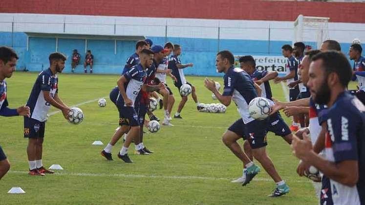 Fortaleza - Foi o primeiro clube da série A a entrar em acordo com seus jogadores. Em março, foram pagos 75% dos vencimentos. Já os 25% restantes serão quitados após a pandemia. Em abril, os atletas deixaram de receber 10%, e os outros 15% também serão recebidos após o período de inatividade.