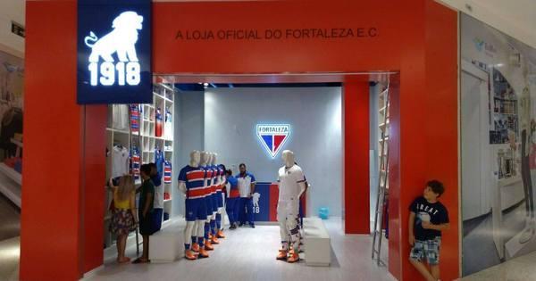 Times tradicionais buscam marca própria por lucro e participação - Esportes  - R7 Futebol f55adb29fd994