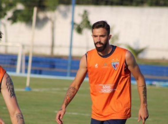 Fortaleza: não possui, o último foi camisa 10 foi Matheus Vargas, que já deixou o clube.
