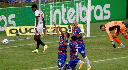 Ronald marcou para o Fortaleza aos 20' do 1º tempo