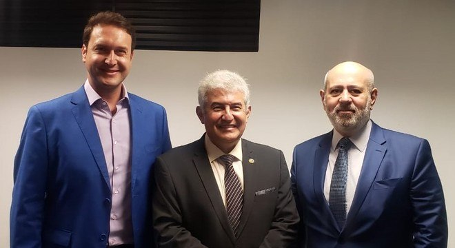 Eduardo Ribeiro, ministro Marcos Pontes e Luiz Cláudio Costa