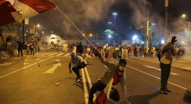 Deposição de Vizcarra da presidência e nomeação de Merino para o cargo — do qual já saiu — foram acompanhadas de protestos e mortes de manifestantes