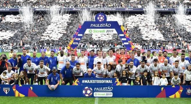 Corinthians, como os outros grandes, querem verba da TV. Daí voltarem os Estaduais