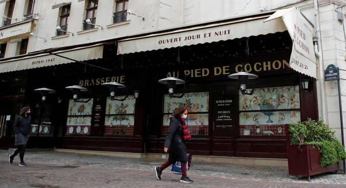 Parlamento francês aprova criação de 'passe sanitário'