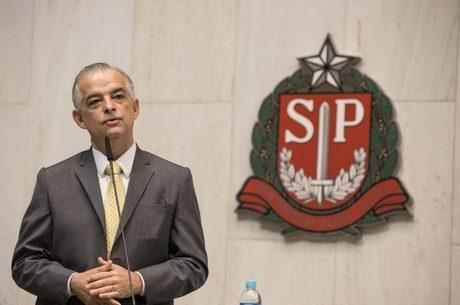 Governador estuda mudanças na Polícia Civil