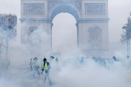 Os protestos começaram no dia 17 de novembro
