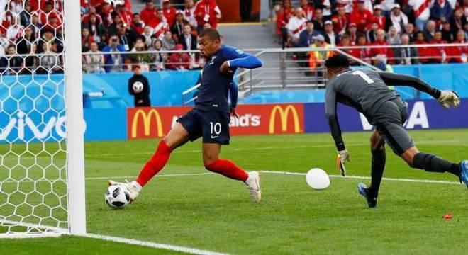 O jovem jogador da França tem muita personalidade. É assediado pelo Real Madrid