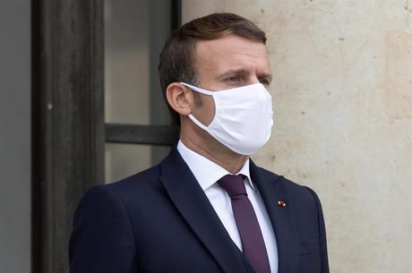 Macron repudia agressão policial a homem negro