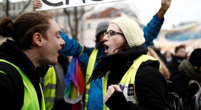 Manifestação dos Coletes amarelos contra a reforma da previdência