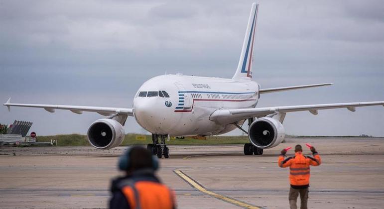 Avião com 41 pessoas evacuadas aterrissou no Aeroporto Internacional Charles de Gaulle
