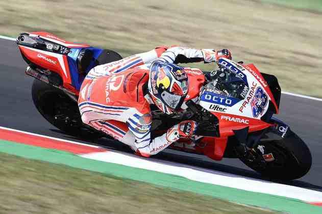 Francesco Bagnaia larga em 17º