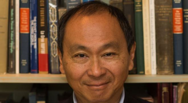 Francis Fukuyama (foto) sugeriu que a democracia estava consolidada nos países ricos após queda da União Soviética