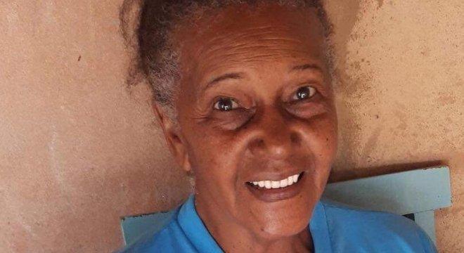 Francisca de Oliveira Pereira aproveitou para estudar e virar professora voluntária