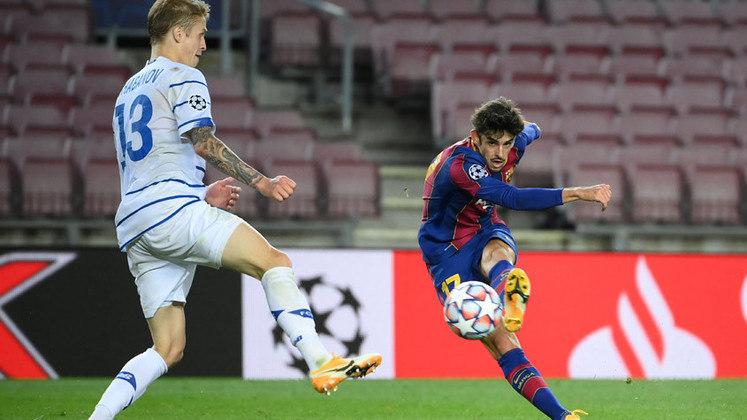 Francisco Trincão - 21 anos: Outro que chegou ao Barcelona nesta temporada e alterna momentos como titular e reserva.