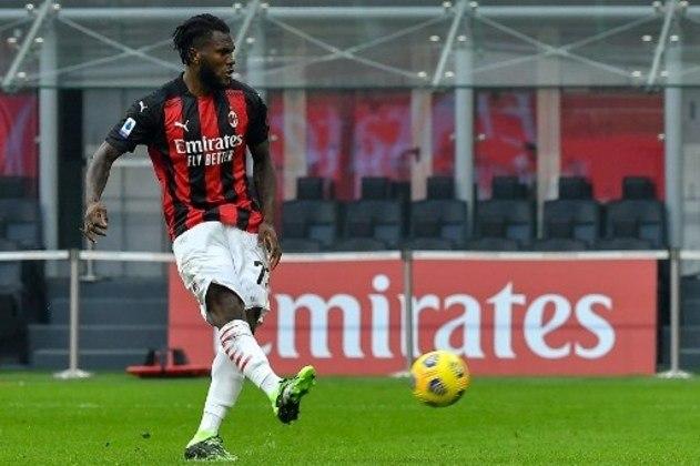 Franck Kessié - Clube: Milan - Seleção: Costa do Marfim - Posição: Meia - Idade: 24 anos - Valor segundo o Transfermarkt: 55 milhões de euros (aproximadamente R$ 332,49 milhões)