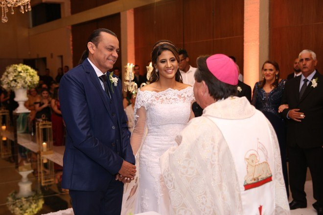 Frank Aguiar e Carol Santos se casaram nesta sexta-feira (6), na Zona Sul de São Paulo