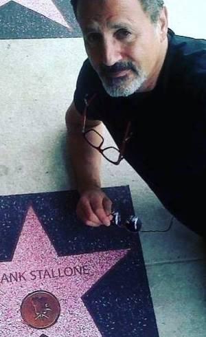 Ele atuou em 77 filmes
